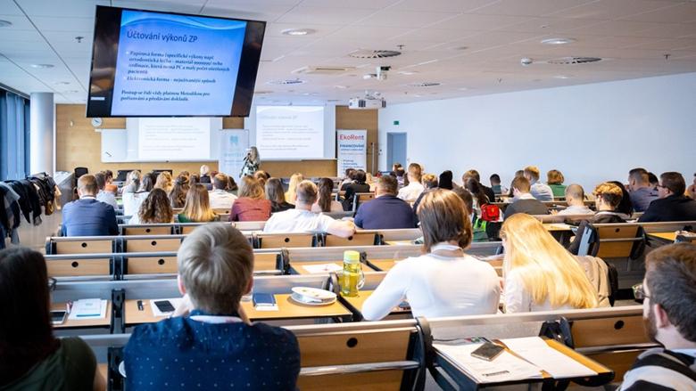Konference Snazší cesta k lepší praxi 2021 se špičkovými odborníky stomatologie už na podzim